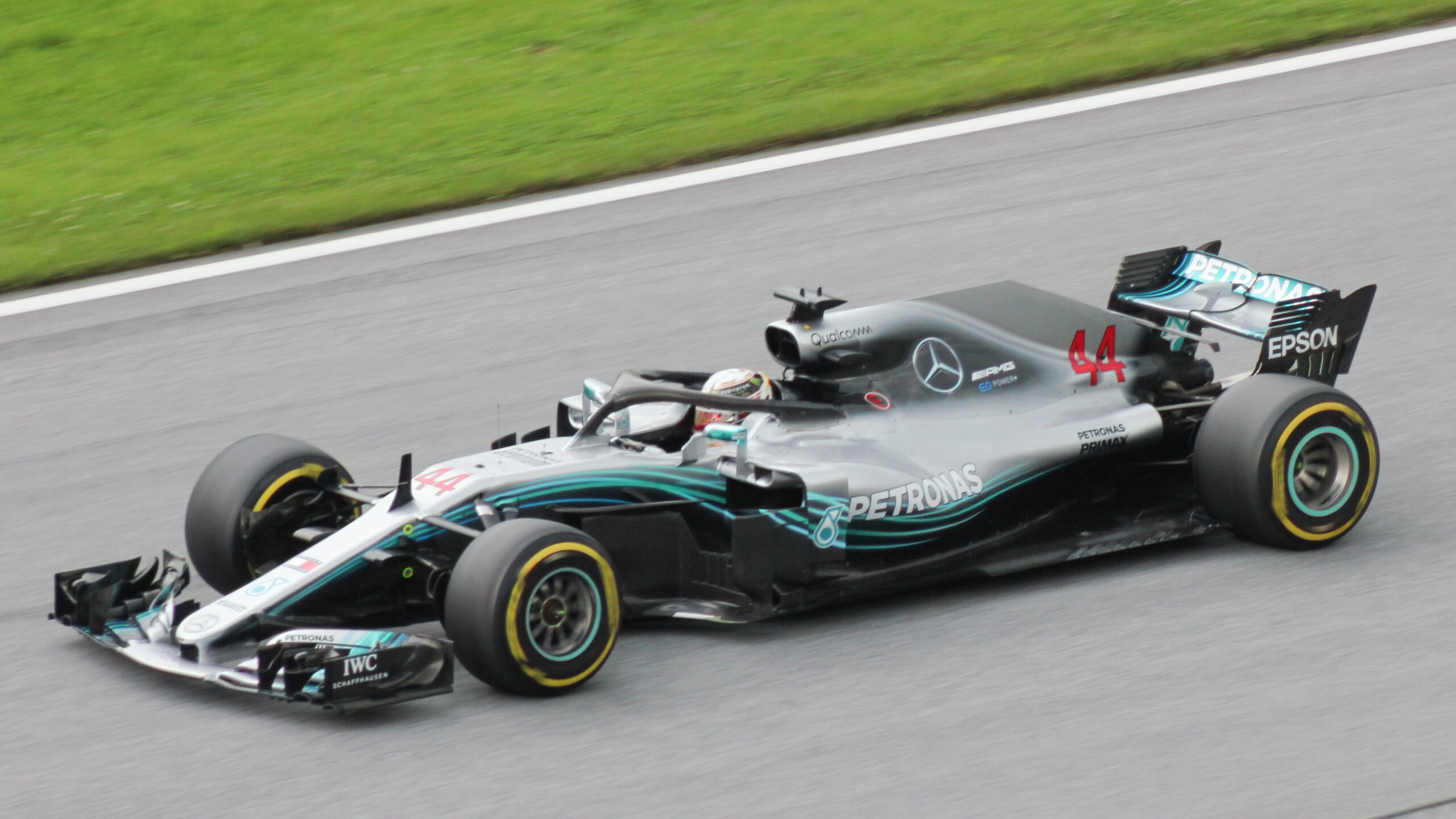 Mercedes Release New Black Livery for 2020 F1 Season ...